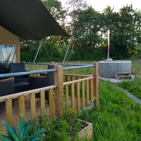 Glamping in Somerset with hot tub