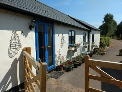 Holiday cottage in Somerset, ground level building, cottage with hot tub on a working farm.
