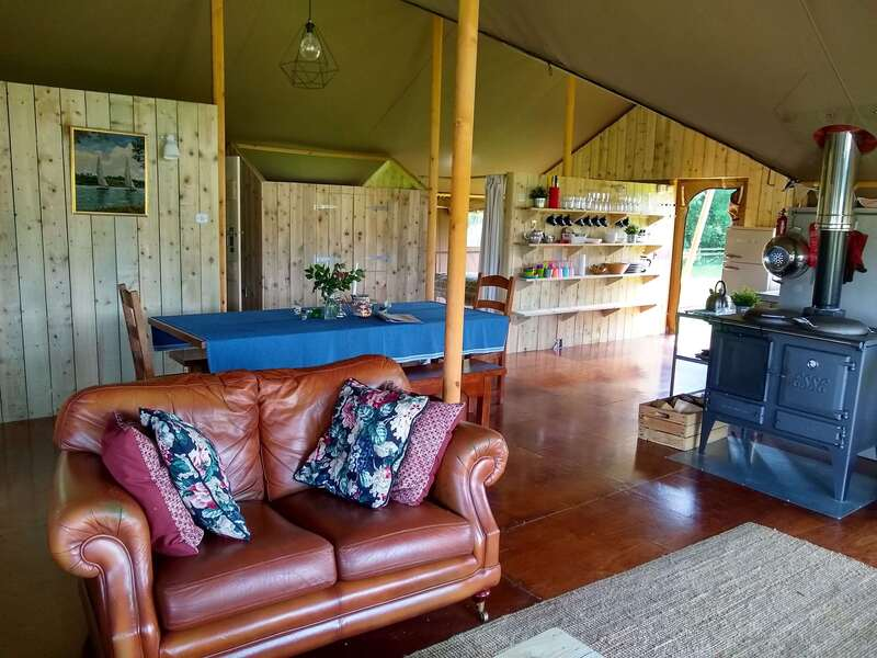 Large Group Glamping in Luxury Safari Lodge for 8 guests