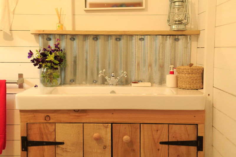 Spacious private bathrooms in the glamping tents at Middle Stone Farm near Devon